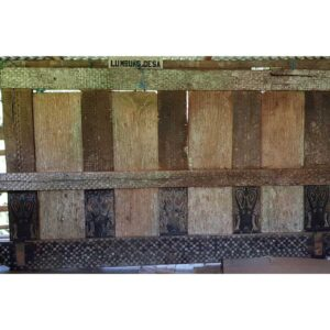 Antique Toraja House Tongkonan Panel (310cm x 160cm)