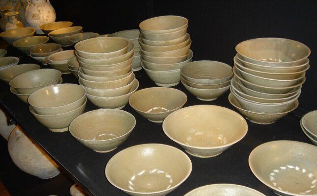 Cirebon Cargo of Yue Ceramics Vessels